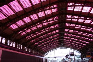 The pink filter in the Train Station of Lille