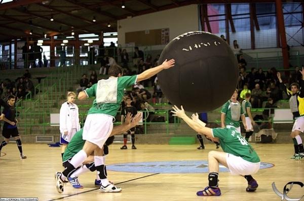 Le Kin-Ball, ce nouveau sport à découvrir !