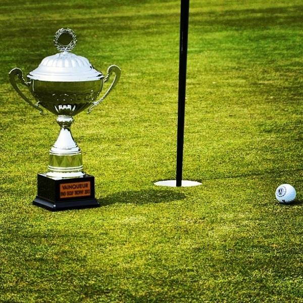 Les AMOSciens remportent l'IPAG Golf Trophy  !