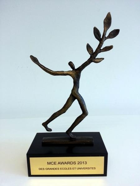 AMOS reçoit le 1er prix MCE AWARDS dans la catégorie Relations Internationales